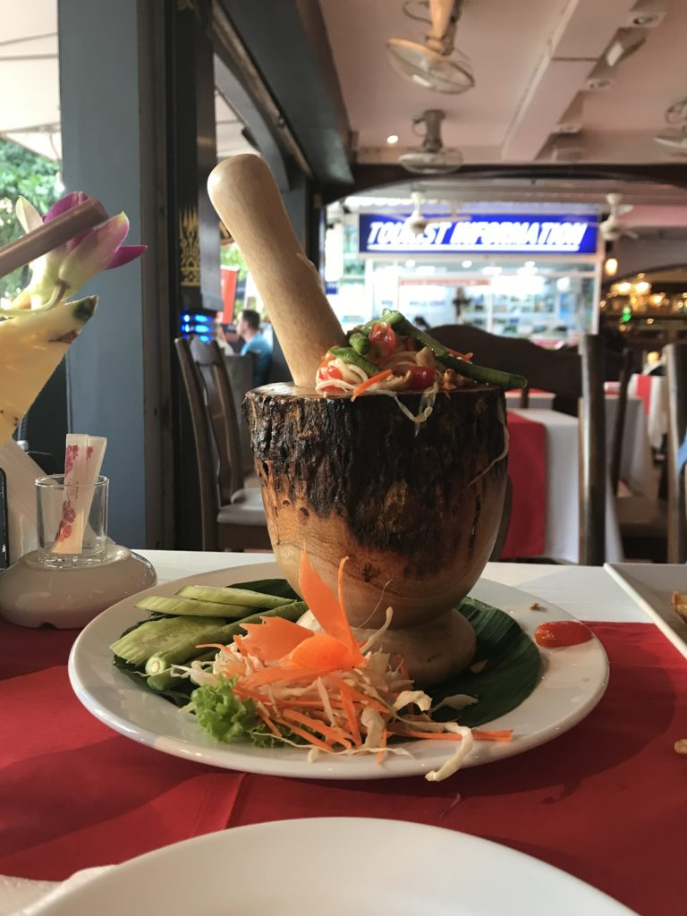 Green Papaya Salad_Vegetarian Dishes in Thailand