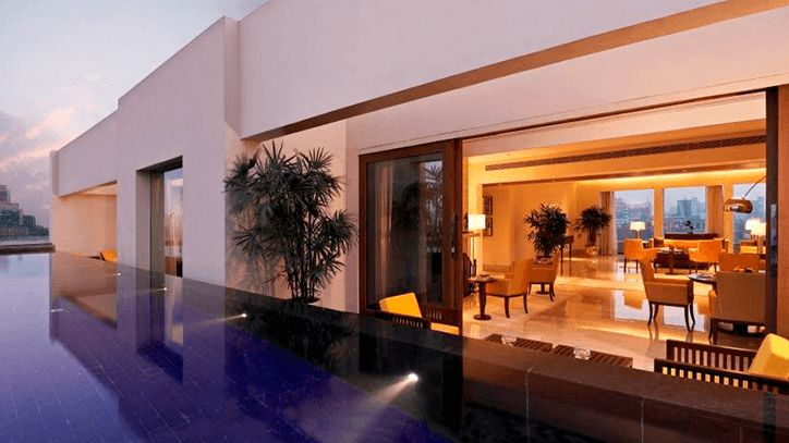 The outdoor pool of the Presidential Suite at The Oberoi Gurgaon.